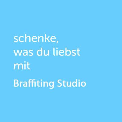 Partner-Wertgutschein: schenke, was du liebst mit Brafittingstudio - Platzhalter blau